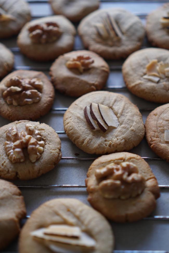 Spiced Tahini Cookies